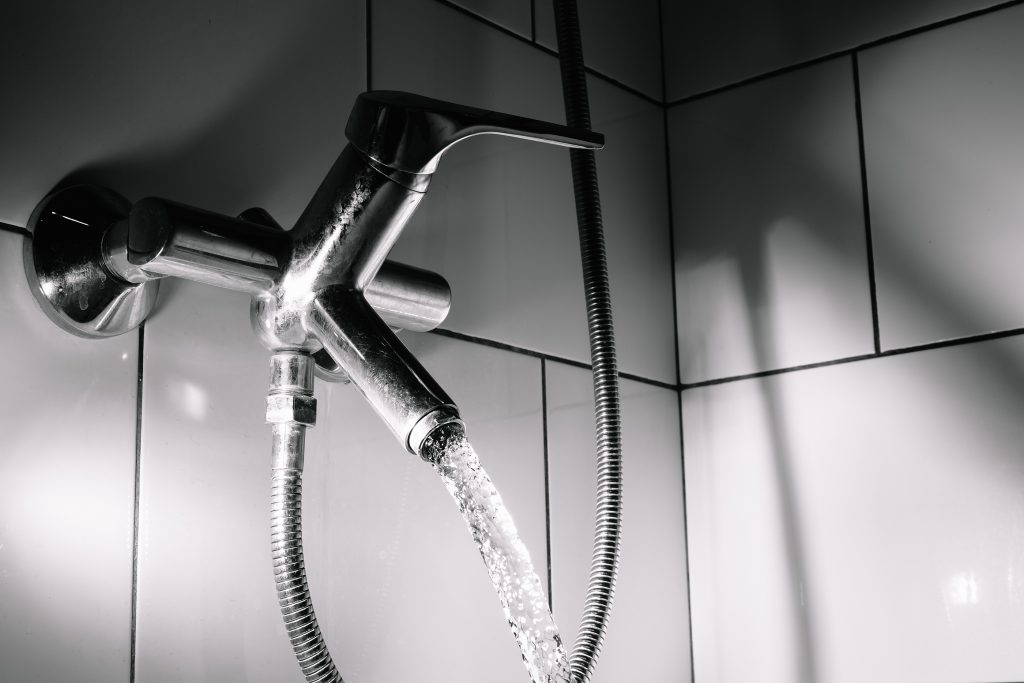 3 Signs Your Water Pressure is Too High